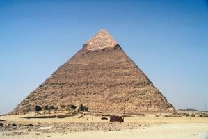 Tipos de pirámides geométricas