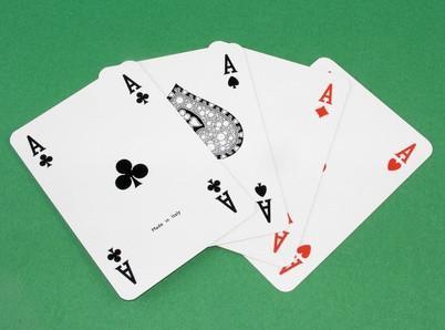 Cómo convertirse en un distribuidor Mejor Poker