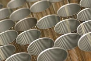 La diferencia entre el aluminio y Lata