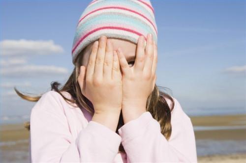 Cómo consolar a un niño Avergonzado