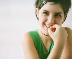 Trucos para ayudar a los niños dejar de masticar clavos
