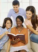 Cómo hacer que un adolescente de clase de escuela dominical de invitación