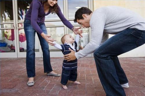 Cómo saber cuándo tomar una hacia fuera al bebé