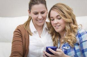 Cómo hablar con los adolescentes sobre las parejas interraciales