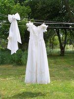 Cómo Lavar un vestido de novia de raso