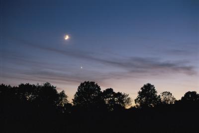 Cómo localizar a Venus en el cielo nocturno
