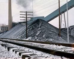 ¿Cómo funciona el carbón se compara con otras fuentes de energía?