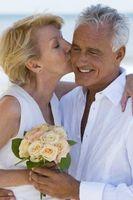 Juegos de boda para parejas mayores
