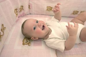 Consejos sobre poner a un bebé a dormir en una cuna