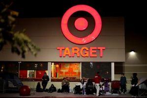 Cómo encontrar un registro de la boda en Target