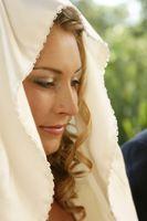 Estilos del vestido de boda de la muchacha gitana