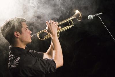 Cómo soldar una trompeta