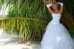 Estilos vestido de novia para un reloj de arena