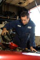 Cómo restaurar aceite del motor Aditivo