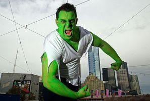 Cómo hacer un traje de Hulk