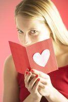 Cómo escribir un poema de amor de una mujer