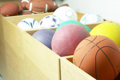 Ideas de la fiesta de graduación de la escuela de alto para un aficionado a los deportes