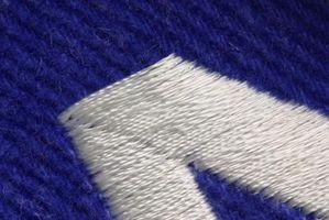 Bordar letras en Pantalones cortos