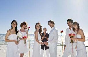 Cómo vestirse para una boda formal Beach