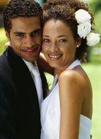Updo peinados de novia con rizos