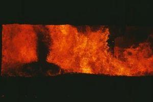 Hacer límites de placa destructivos causa de los volcanes?