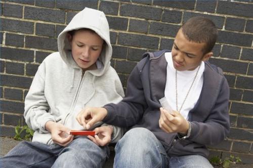 Cómo conseguir un adolescente fuera de la calle