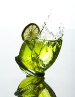 Como demuestran los efectos del alcohol sobre el tiempo de reacción en un proyecto de la ciencia