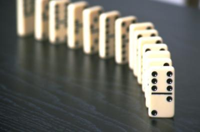 Reglas para Cómo jugar juegos usando Domino doble 15