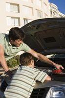 Enseñar a un niño de aceite del motor Obras