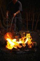 Cómo tratar con calor de acero suave con agua y un surfactante
