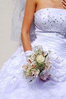 Una lista de comprobación de la boda de compras