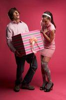¿Qué tipo de regalo debo dar a mi novia?