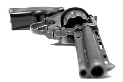 Cómo quitar el óxido luz de una pistola de acero inoxidable