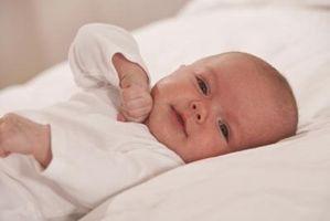 Cómo tomar fotografías profesionales en todos los bebés en el hogar