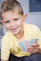 Cómo aprender Fácil solitarios juegos de cartas para niños