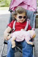 El cuidado de los juegos de bebé para las muchachas