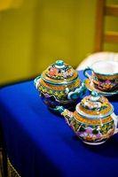 Cómo identificar las marcas de la cerámica de porcelana