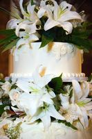 Cómo hacer un pastel de bodas de la mariposa y de la hada