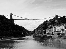 ¿Qué es un puente de suspensión?