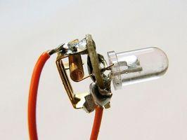 Cuál es el propósito del núcleo hueco en la soldadura del alambre?