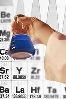 Cómo calcular el número de átomos Dadas las unidades de masa atómica y gramos