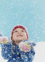 Divertidas actividades fuera cuando nieva