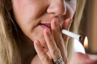 Cómo comparar los cigarrillos Maquinas de Liar