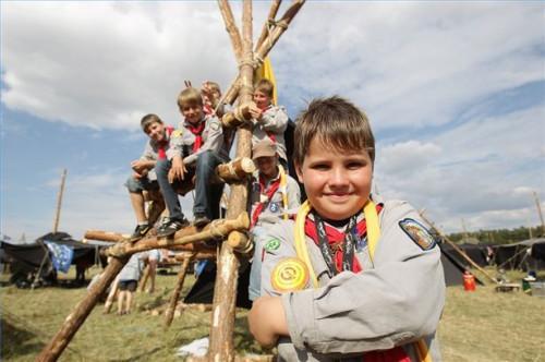 Cómo dirigir una reunión Cub Scout
