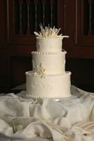 Cómo agrupar y heladas un pastel de bodas